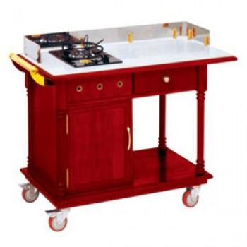 Bếp ăn có bánh xe phục vụ tại bàn