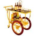 Xe đẩy phục vụ rượu trong khách sạn cao cấp